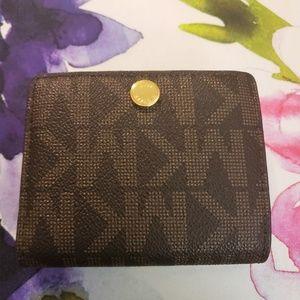 Michael Kors Travel Flap Card Holder(32F4GLSF1B)